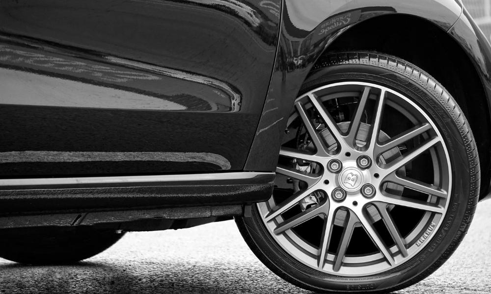 Correspondance taille des pneus : tableau des équivalences